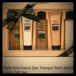 Style and Grace spa set